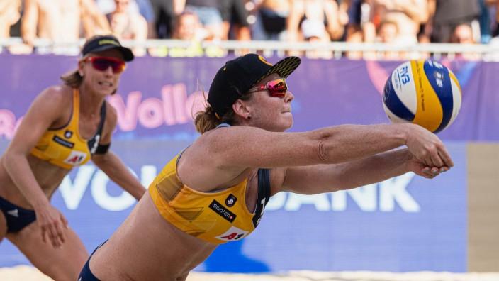 Beachvolleyball: Perfektes Zusammenspiel: Karla Borger (links) und Julia Sude müssen sich in Wien nur den späteren Europameisterinnen geschlagen geben.