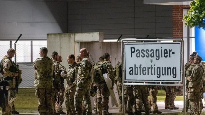 Evakuierung deutscher Staatsbürger aus Kabul hat begonnen