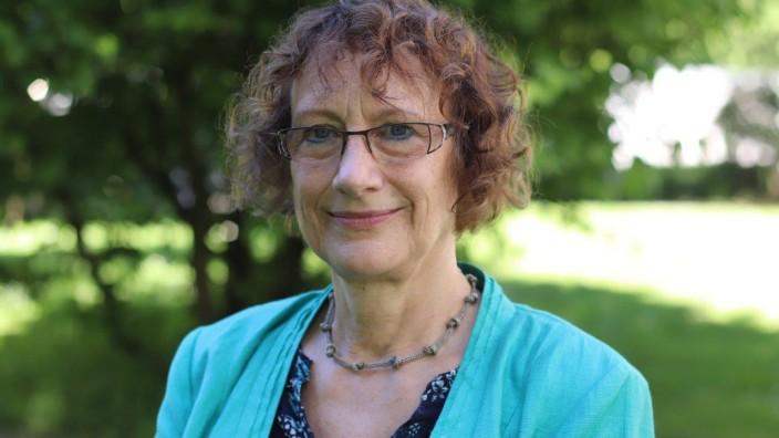 Michael Winterhoff: Renate Schepker gehört dem Vorstand der Deutschen Gesellschaft für Kinder- und Jugendpsychiatrie, Psychosomatik und Psychotherapie an.