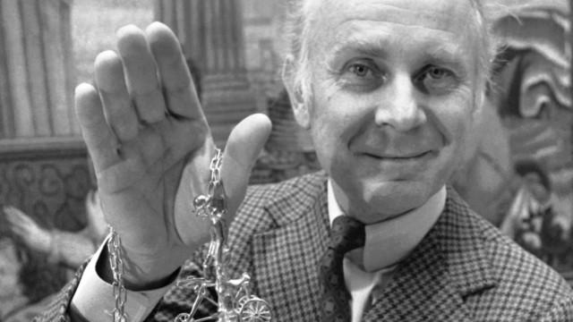 Die Favoriten der Woche: Vicco von Bülow, bekannt als Loriot, 1974 bei der Verleihung des Karl-Valentin-Preises in München.