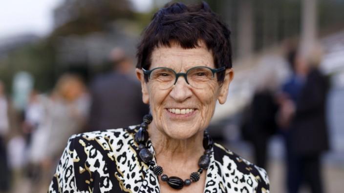 Rita Süssmuth beim Festakt zum 75. Geburtstag des Landes Nordrhein-Westfalen auf der Düsseldorfer Galopprennbahn. Düssel