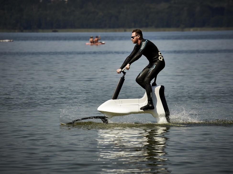Foilbiking Hydrofoil Water Bicycle
