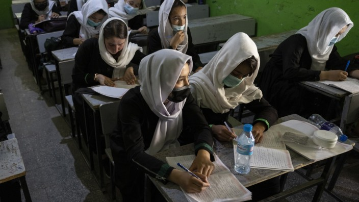 Afghan Girls Education: Kabul Giirls School Reopens After Coronavirus Break