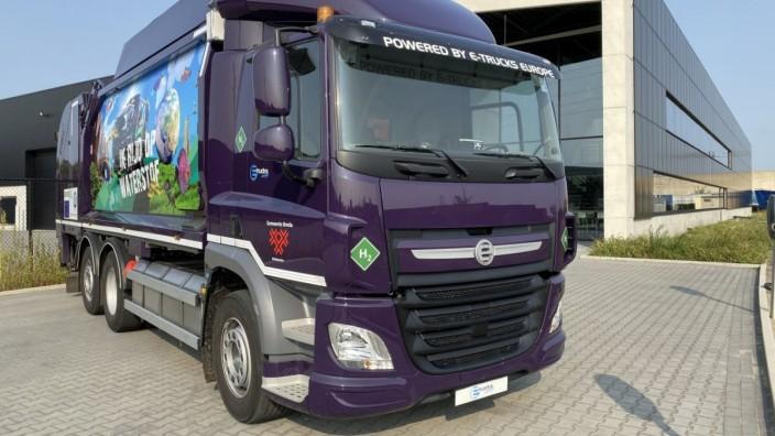 Mobilität: Abfallfahrzeuge werden mit dem Reichweitenverlängerer der Puchheimer Firma Proton ausgestattet.