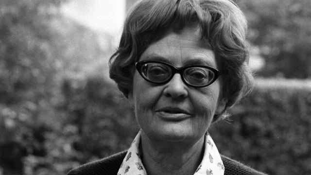 Dr Erika Fuchs