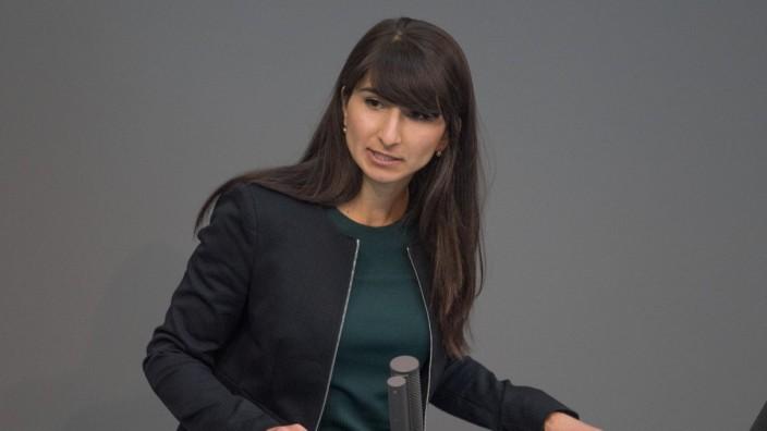 Bela Bach beklagt Sexismus im Bundestag