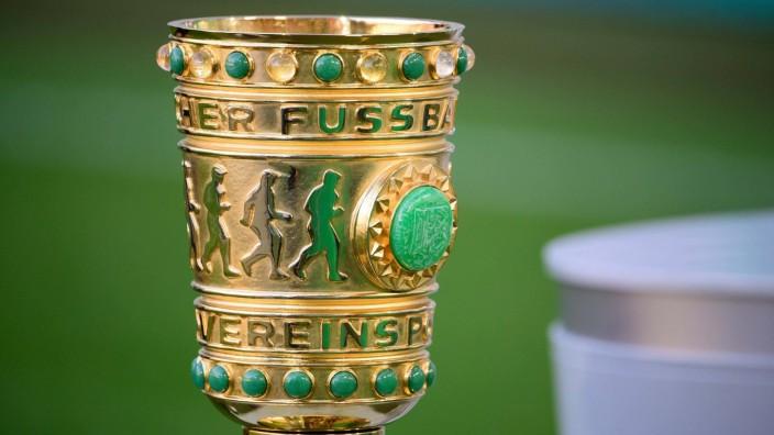 Fußball DFB-Pokal 1. Runde 1.FC Kaiserslautern - Borussia Mönchengladbach am 09.08.2021 im Fritz-Walter-Stadion in Kais