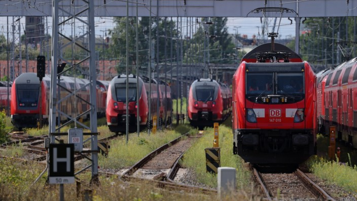 GDL Union Resumes Railway Strike