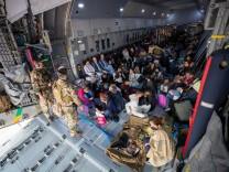 German Forces Evacuate Civilians From Afghanistan