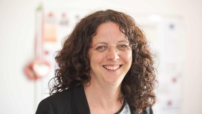 Rotes Kreuz: Als Bürgermeisterin von Anzing hat Kathrin Alte schon gut zu tun. Trotzdem schreckt sie nicht davor zurück, sich ehrenamtlich zu engagieren.