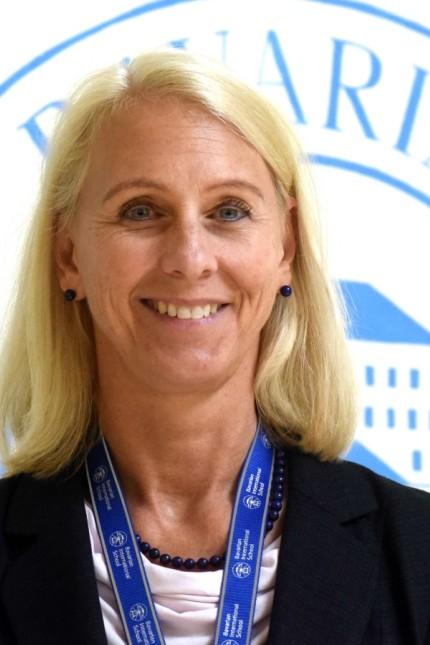 Jubiläum in der Bavarian International School: Schulleiterin Chrissie Sorenson legt großen Wert darauf, dass sich die Schüler mit verschiedenen Meinungen auseinandersetzen.