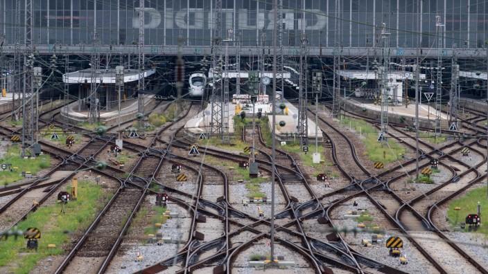 Lokführer-Streik im Personenverkehr - Bayern