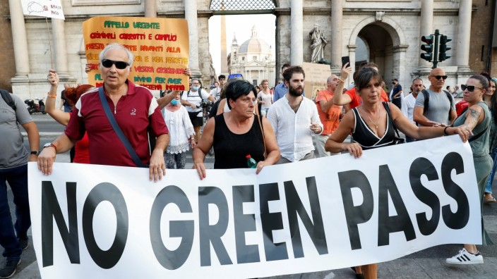 Protest against government's 'Green Pass' plan in Rome