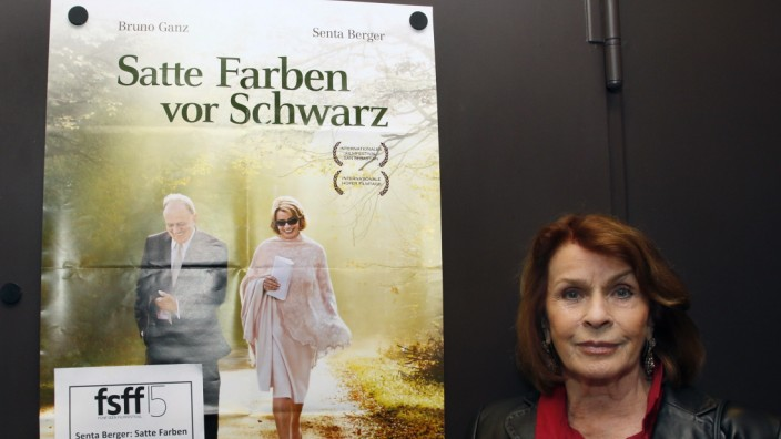 Ehrengast Senta Berger im Kino Breitwand