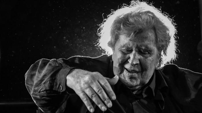 Griechenland: Komponist Mikis Theodorakis 2017 in Athen