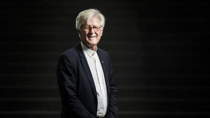 Heinrich Bedford Strohm Vorsitzender des Rates der Evangelischen Kirche in Deutschland EKD posie