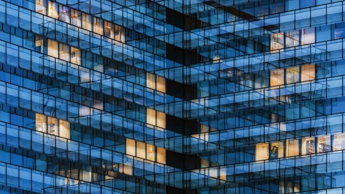 Germany Stuttgart lighted windows at modern office building PUBLICATIONxINxGERxSUIxAUTxHUNxONLY WD
