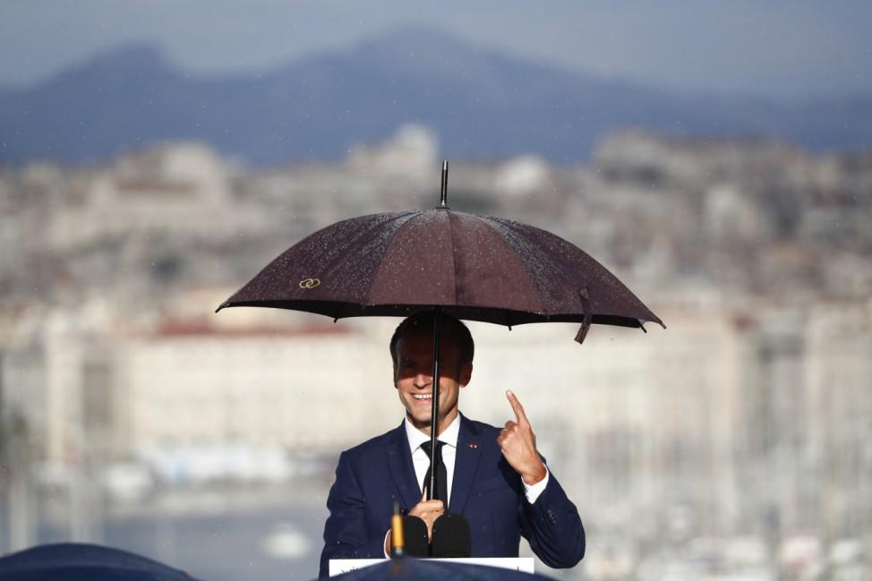 Frankreichs Präsident Macron in Marseille