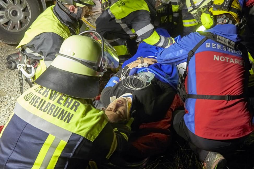 Großübung von Feuerwehr, Bergwacht und Polizei