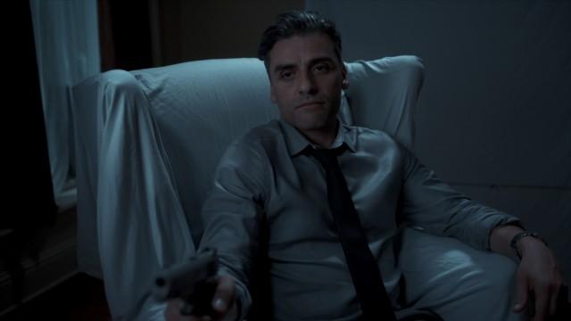 """Filmfestspiele Venedig: Zu allem bereit: Oscar Isaac als William Tell in """"The Card Counter""""."""