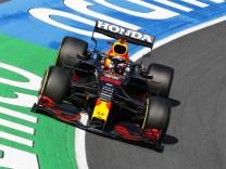 Formula 1 2021: Dutch GP CIRCUIT ZANDVOORT, NETHERLANDS - SEPTEMBER 04: Max Verstappen, Red Bull Racing RB16B during the
