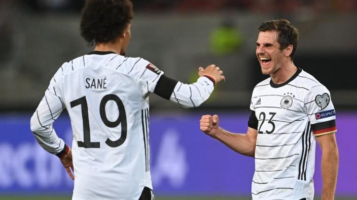DFB-Elf in der Einzelkritik: Jonas Hofmann spielte als Rechtsverteidiger und traf zum 5:0.