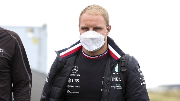 Formula 1 2021: Dutch GP CIRCUIT ZANDVOORT, NETHERLANDS - SEPTEMBER 02: Valtteri Bottas, Mercedes walks the track durin