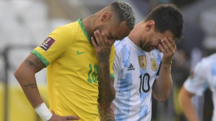 WM-Quali 2021: Neymar und Lionel Messi beim Spiel Brasilien gegen Argentinien