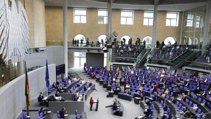 Angela Merkel, Bundeskanzlerin, CDU, waehrend ihrer Regierungserklaerung, 238. Bundestagssitzung zum Thema - Regierungse