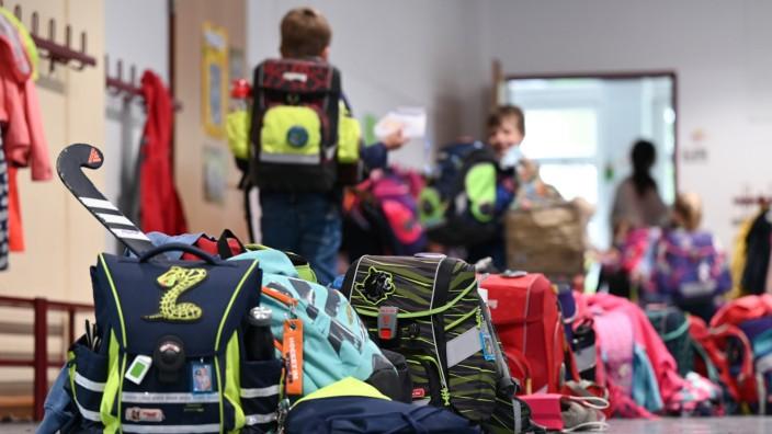 Nach der Schule in die Nachmittagsbetreuung - diese Möglichkeit soll von 2026 an gesichert sein.