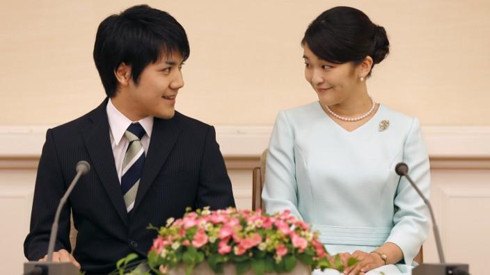 Japanische Prinzessin Mako und Verlobter Kei Komuro