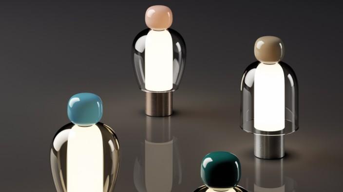 """Möbelmesse in Mailand: Leise Fröhlichkeit: Die Leuchte """"Easy Peasy"""" von Luca Nichetto für Lodes ist eine freundliche Skulptur."""