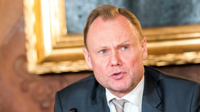 """Dem Hamburger Innensenator Andy Grote (SPD) verschafft """"#Pimmelgate"""" große Aufmerksamkeit."""