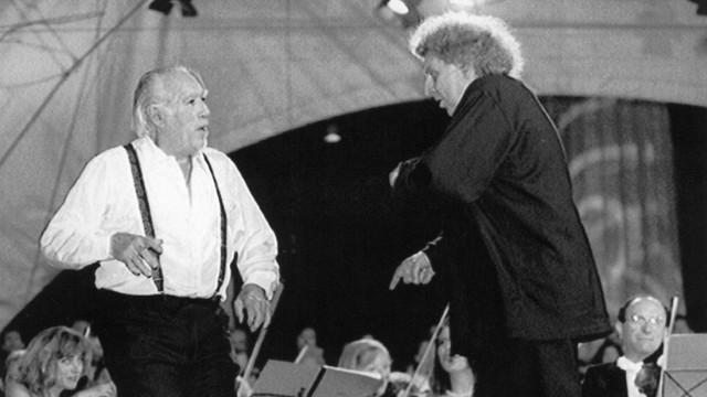 Anthony Quinn und Mikis Theodorakis, 1995