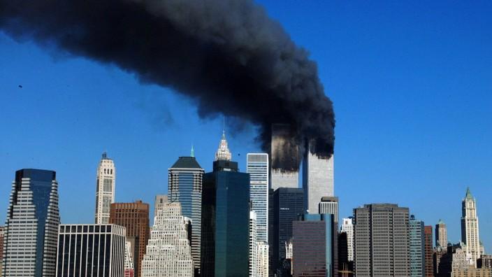 Aktuell: Schock für die Welt: Die brennende Türme des World Trade Center.