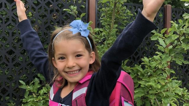 Umfrage zum Schulstart: Erstklässlerin Clara.