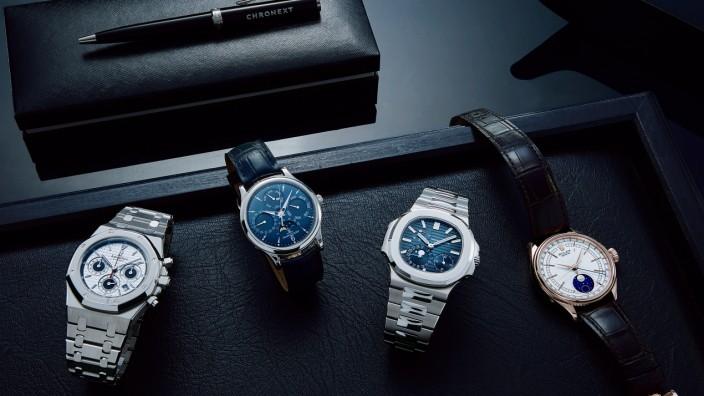 Onlinehandel: Der Handel mit Luxusuhren ist ein wachsender Markt, für den sich auch Investoren wie der LVMH-Großaktionär Bernard Arnault interessieren.