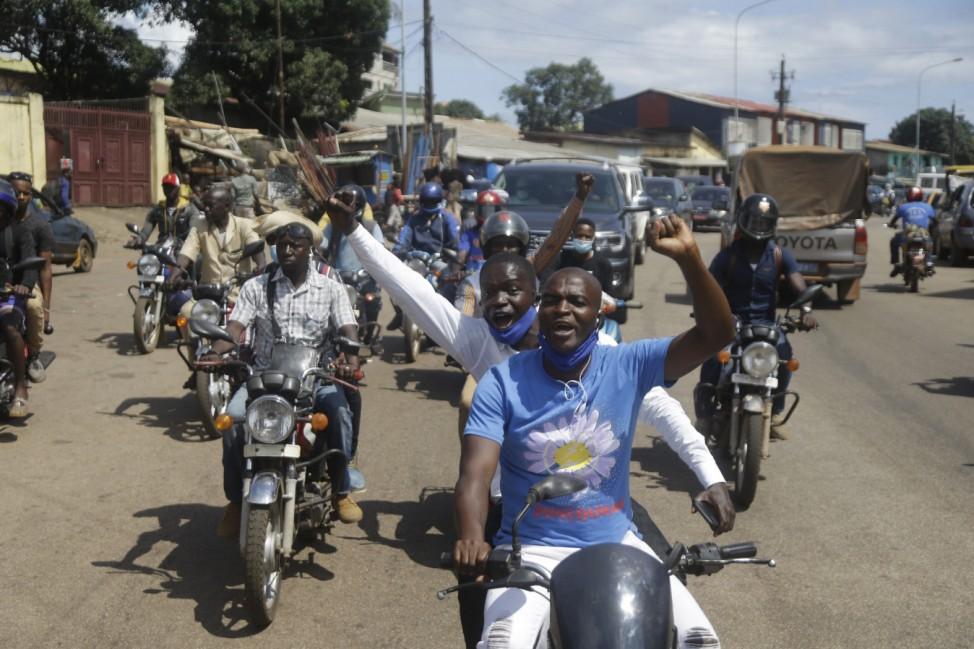 Guineas Opposition kehrt zurück