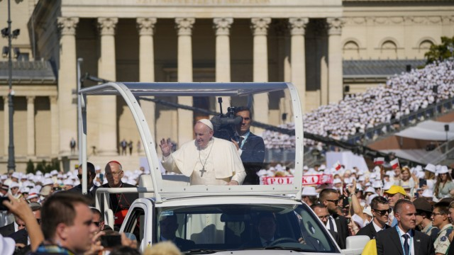 Papst in Budapest