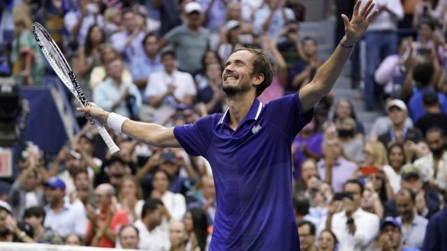 US Open: Daniil Medwedew feiert seinen verdienten Sieg.