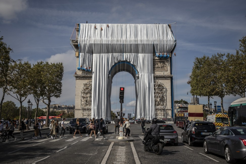 Arc De Triomphe To Be Wrapped For Posthumous Work By Artist Christo