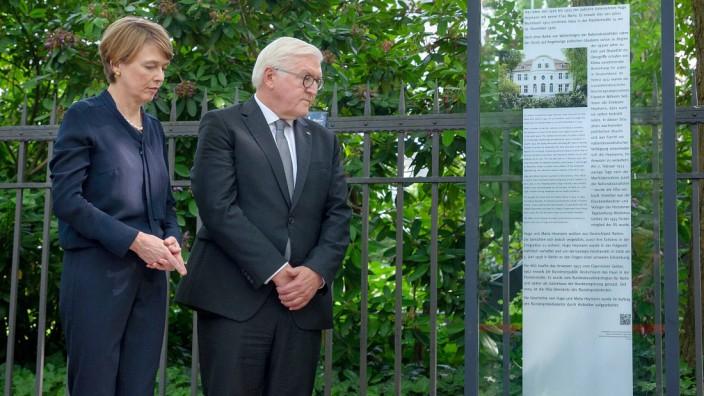 Bundespraesident Frank Walter Steinmeier hat am Montag 04 06 2018 zusammen mit seiner Ehefau Elke