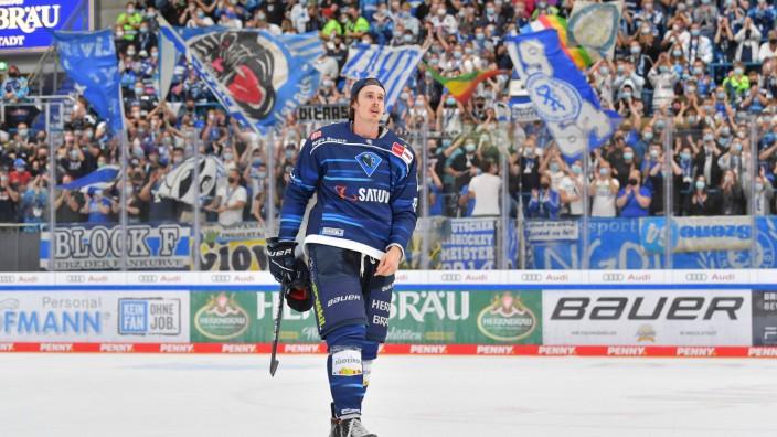 Eishockey, Herren, DEL, Saison 2021-2022, Spieltag 2, ERC Ingolstadt - Schwenninger Wild Wings, 12.09.2021 Louis-Marc Au