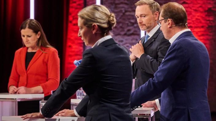 Live-Sendung 'Der Vierkampf nach dem TV-Triell'