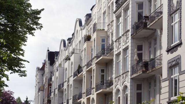 Verlust der Kaufkraft: Hausfassaden im Hamburger Nobel-Stadtteil Eppendorf. Wer in Immobilien investiert, sollte sich gut auskennen.