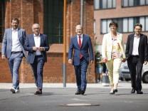 Bilder des Jahres 2020, News 08 August News Themen der Woche KW33 News Bilder des Tages Vlnr.: SPD Generalsekretaer Lars