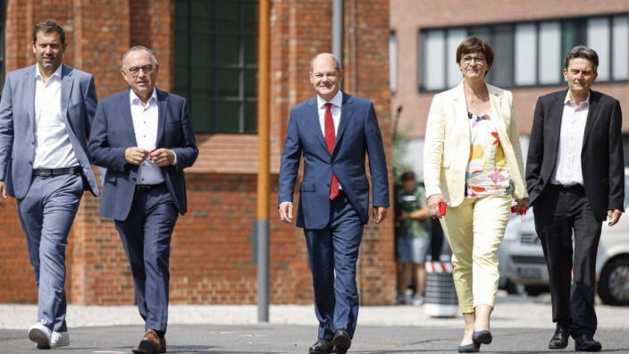 Die SPD-Politiker Lars Klingbeil, Norbert Walter-Borjans, Olaf Scholz, Saskia Esken und Rolf Mützenich