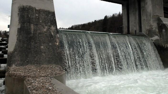 Pullach: Am Isarkraftwerk bei Baierbrunn will die Pullacher IEP zertifizierten Ökostrom einkaufen.