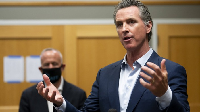 November 19, 2020: California Governor GAVIN NEWSOM on Thursday announced a curfew limiting the nighttime movements of