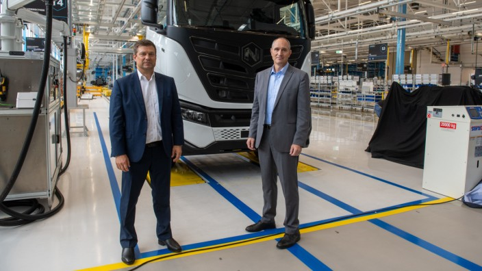 Eröffnung Produktionswerk von Iveco und Nikola